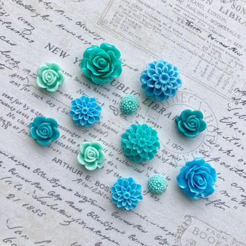 12 Blue Flower Magnets, Blue Flower Magnets, Sky Blue Flower Magnets, Teal Flower Magnets, Turqoise Flower Magnets