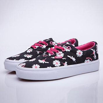 Vans Spring Summer Popular Women Breathable Daisy Floral Classic Canvas Flat Skateboarding Shoes Sneakers Black I12356-1