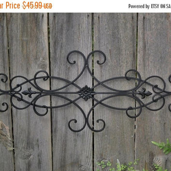 SUPER XMAS SALE Wrought Iron Wall Deco / Fleur de Lis / Shabby Chic Decor / Bedroom Wall Decor / Kitchen Decor