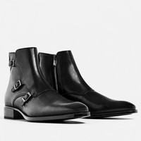LEATHER THREE BUCKLED ANKLE BOOTS DETAILS