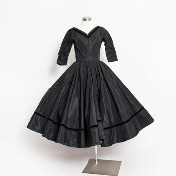 Vintage 50s Dress - EMMA DOMB Black Taffeta Full Circle Skirt Party Dress - XS Extra Small