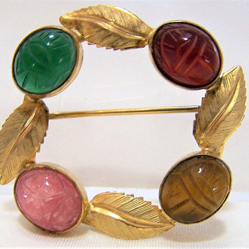 Scarab Circle Pin Leaf Design, Egyptian Revival 12k Gold Filled Brooch, Mid Century Jewellery, Chrysoprase, Tigers Eye, Carved Stone 317