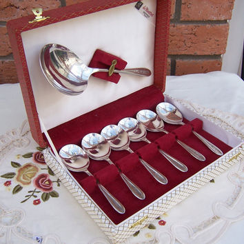 Vintage Sheffield De Montfort Spoon Set Silver Plate