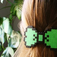 8bit Bow Barrette. Black & Green