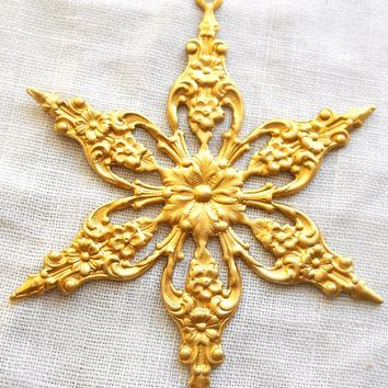 One medium raw brass ornate, openwork, filigree snowflake, flower head, star, sun, pendant, connector, brass stamping, 49mm, USA made, C0401