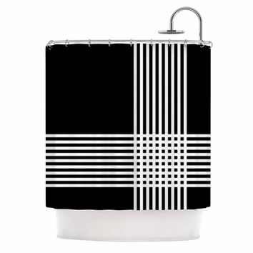 "Trebam ""Krizanje v2"" White Black Shower Curtain"