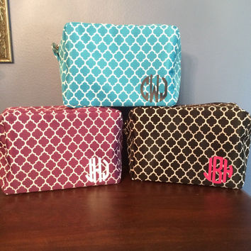 Quatrefoil Monogrammed Cosmetic Bag, Makeup Bag, Bridesmaid Gift, Monogrammed favors, Bride Survival Kit, Emergency Makeup
