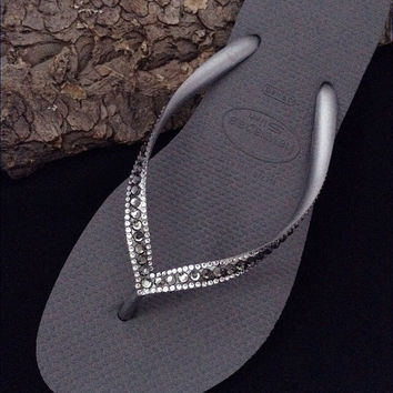 9a0a3d3530cf5 Seal Steel Gray Charcoal Swarovski Crystal Havaianas SLIM Sophisticate  Silver Gray Flip Flops Sandals Jewelled Rhinestone
