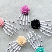 24pcs Free Shipping Fashion Rose Flower skeleton claws skull hand hair clip Zombie Punk Horror hairwear hairpin bobby pin