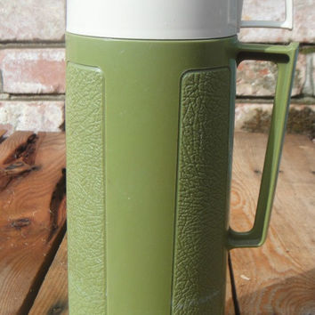 Vintage Thermos - 1970s - Army Green - Hot & Cold - Insulate Glass