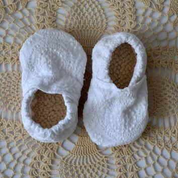 Baby booties, fabric baby shoes, cloth baby shoes, baby moccs, baby mocassins, toddler