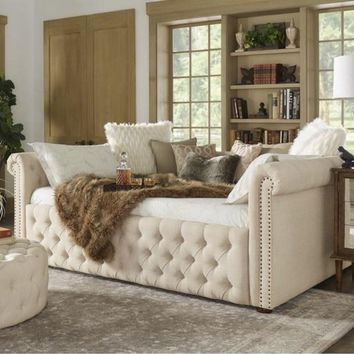 Queen Size Tufted Scroll Arm Chesterfield Daybed and Trundle