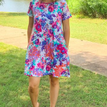 Destination Relaxation Ivory Floral Short Sleeve Dress