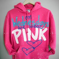 MEAN GIRLS - On Wednesdays We Wear Pink, The Plastics Hoody Sweater (M,L)