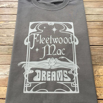 "Fleetwood Mac T Shirt Graphic Art Nouveau Design ""Dreams"" Stevie Nicks Rumours"
