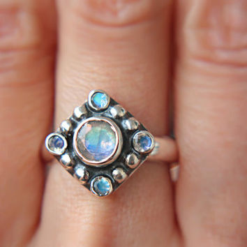 Moonstone Engagement Ring Rainbow Moonstone Ring Moonstone Ring Sterling Silver Size 7-7,5 Promise Ring June Birthstone