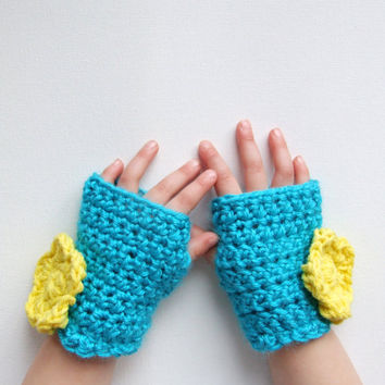 Children's Crochet Gloves Fingerless Flower Applique by KingSoleil
