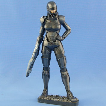 GIFT FOR GAMER - Commander Shepard Female resin figure Mass Effect FemShep 210mm