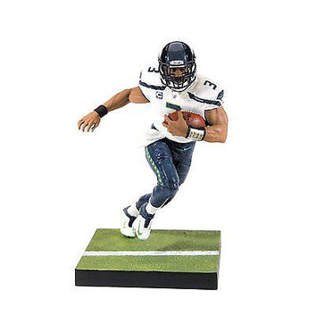 Russell Wilson Action Figure McFarlane Toys NFL Series 35 Seattle Seahawks Fans