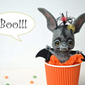 Bat girl. Halloween toy Baby bat. Needle felted cute toy. Funny halloween gift. Handcrafted.