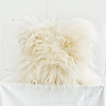 "Genuine Icelandic Sheepskin Decorative White Cushion / 16"" x 16"" Pillow / Throw Pillowcase White / Shaggy Sheepskin / Luxury Fur Decor"