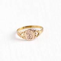 Vintage 10k Rosy Yellow Gold Letter B Signet Ring - 1920s Art Deco Size 3/4 Midi Petite Children's Fine OB Ostby Barton Initial Jewelry