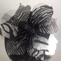 Spider Queen Black and White Flower Tulle Fascinator Hair Clip