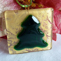 Holiday Tree Ornament in Green and Gold by bprdesigns on Etsy