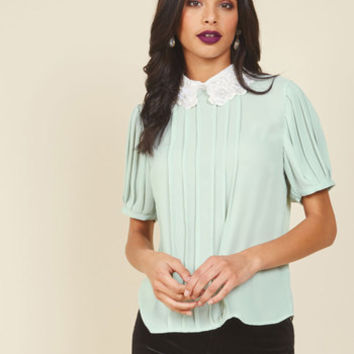 Dignified Dazzle Top | Mod Retro Vintage Short Sleeve Shirts | ModCloth.com