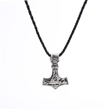 Fashion Hammer Of Thor Mjolnir Pendant Necklace Nordic Scandinavian Viking Hammer Pendant Crosses Charms