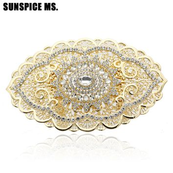 Fashion Hollow Flower Rhinestone Metal Belt Buckle Ethnic Clothing Accessories Big Size Resin Body Jewelry Europe Brand Design