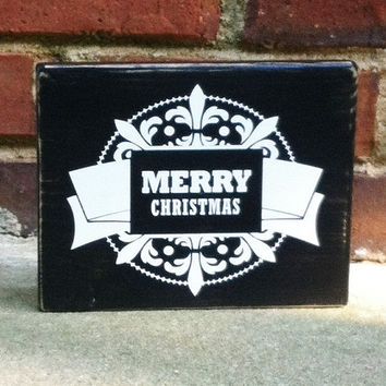 Merry Christmas Sign  Distresed Vintage Style holiday decor