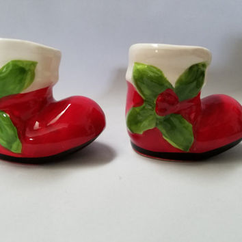 Christmas Stocking  Porcelain Salt and Pepper Shakers  (896)
