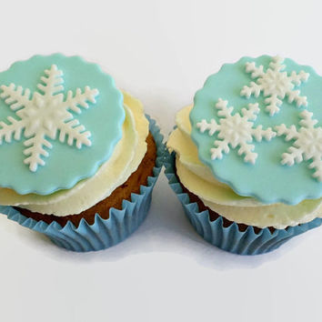 Winter Frozen Party Cupcake Snowflake Fondant Toppers Edible,  Christmas Cupcake, Winter Birthday BabyShower Wedding Decor - set 12