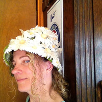 Crazy Daisy Flowered Vintage Womans Hat