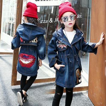 Trendy DreamShining Children Warm Denim Jacket Autumn Winter Thick Outwear Cotton Kids Hooded Coats Lips Sequin Jacket for Girl Clothes AT_94_13