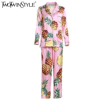 TWOTWINSTYLE 2017 Adult Pajamas Women Onesuit Nightie Home Clothes Homewear Pineapple Printed Homesuit Sleepwear Costumes Fashion
