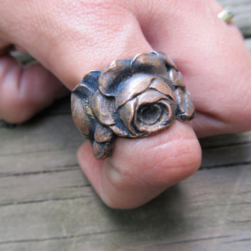 Cocktail Ring Large Brass Finger Armor Ring Rose Flower Jewelry Alice in Wonderland Hammered Metalwork Jewelry
