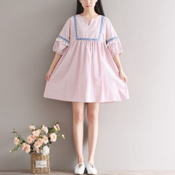 LARGE SIZE V COLLAR LANTERN SLEEVES TASSEL LINEN DRESS