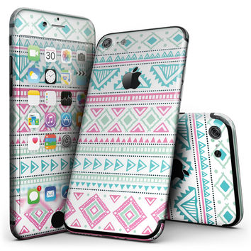 Doodle Aztec Pattern - 4-Piece Skin Kit for the iPhone 7 or 7 Plus