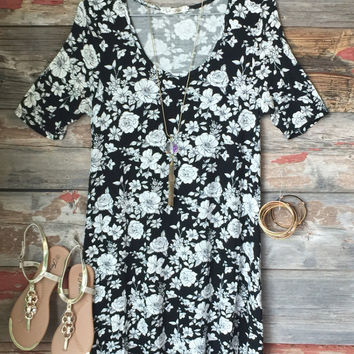 Just my Type Floral Tunic Dress: Black