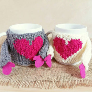 Couples Gift Set - Mug Cozy Sweater Set with Heart - Funny Valentines Gift - Coffee Mug Cozy Sweater – Knit Mug Cozy with Arms – Cute Gift