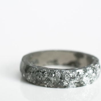 size 7 | thin multifaceted stacking ring | graphite grey eco resin with metallic silver leaf flakes