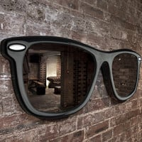 Thabto: Looking Good Mirror Black, at 16% off!