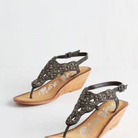 ModCloth Luxe Twinkle in Your Stride Sandal in Black