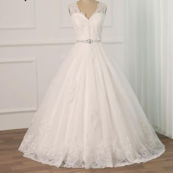 Sexy Lace Applique Wedding Dresses Floor Length Tulle Beading Belt A-line Wedding Gowns