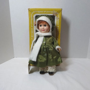 1980s Vintage Effanbee Day by Day Thursday Doll with Box & Tag, 11 Inch Vinyl Doll with Rooted Hair, Green Satin Coat, Vintage Dolls, Toys