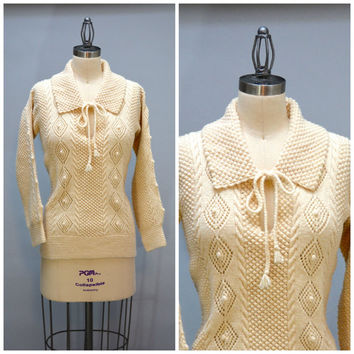 70s Handknit  Aran Sweater - Vintage Seventies Off-white Women's Ladies Hand Knit Irish Cable Knit Sweater With Collar and Front Ties Size M