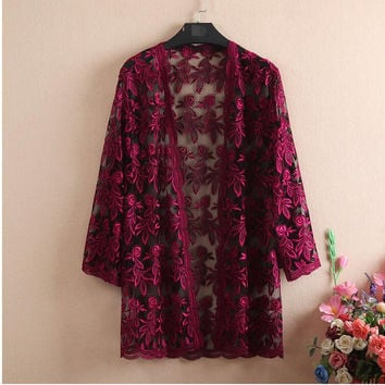 New 2017 Summer Floral Crochet Lace Cardigan Shawl Hollow Out Long Cardigan Coat Suncreen Beach Cover Ups Blusa Plus Szie C365