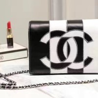 CHANEL WOMEN'S NEW FASHION LEATHER INCLINED CHAIN SHOULDER BAG